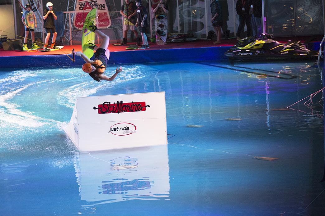Clara Dandenell wakeboardhopp.