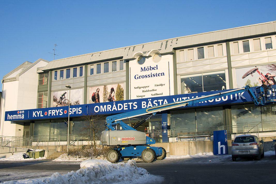 2012 Skylten ned för Hemmabutikerna.