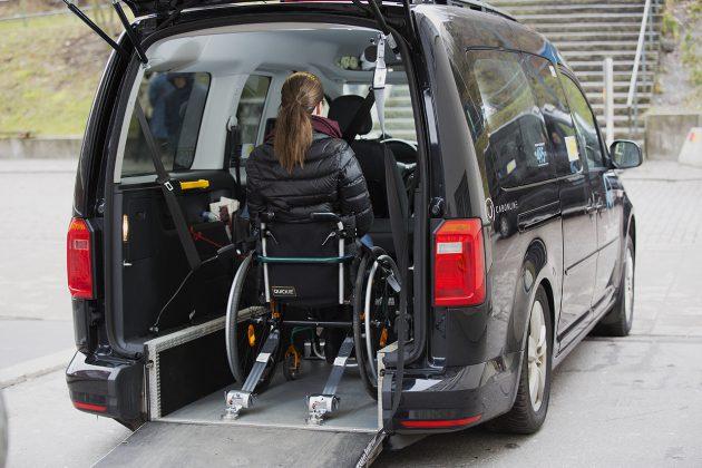 Caddy med plats för rullstol