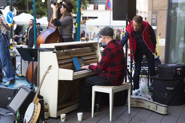 Pianist på Mäster Samuelsgatan