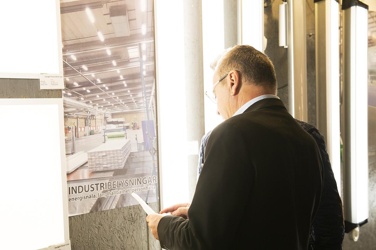 LED för industri och sporthallar.