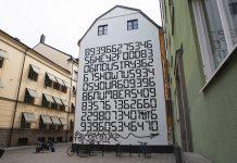 Fasadgavelmålning med husnummer på Södermannagatan