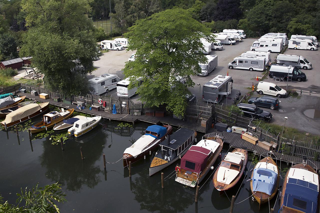 Husbilar och båtar