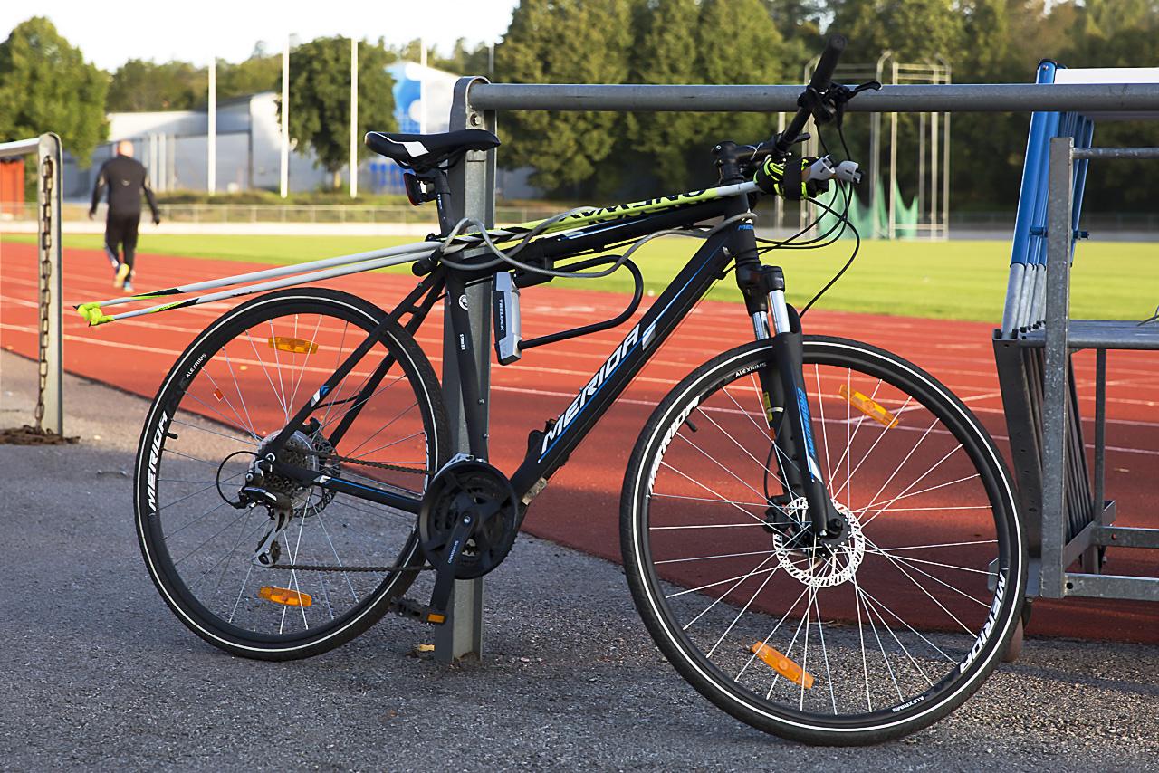 Cykel-löpning-stavgång.