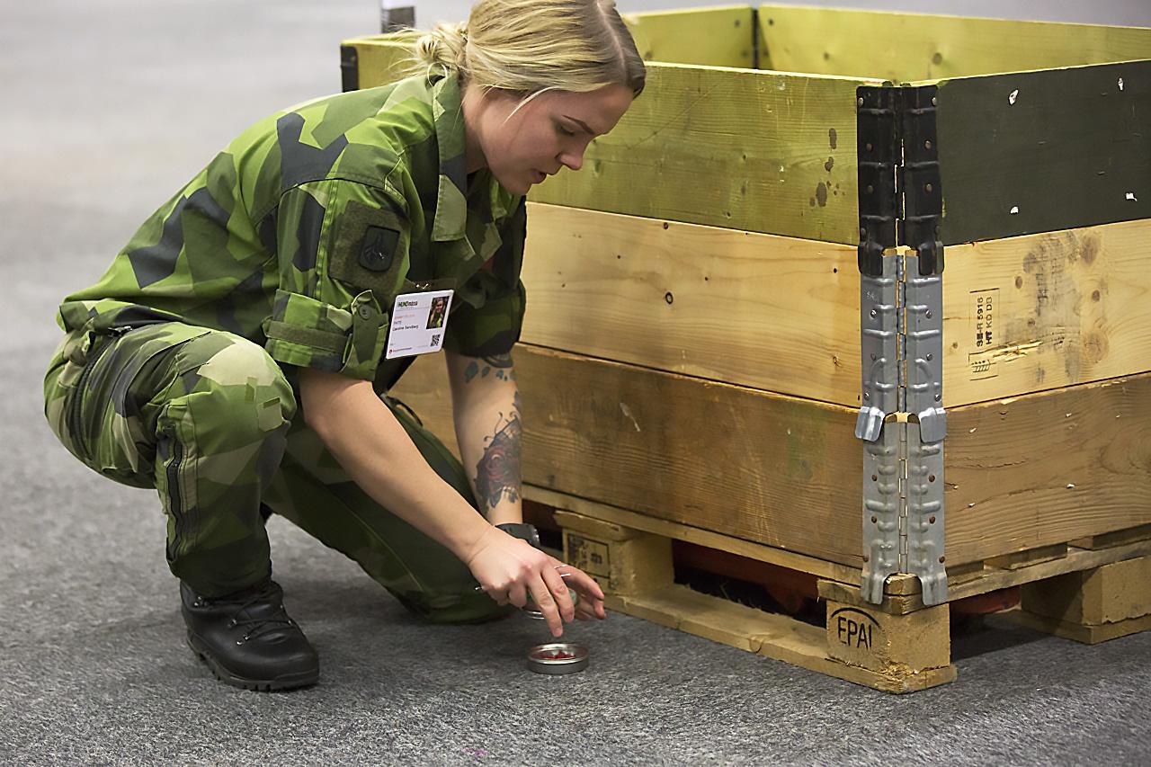 Militär prepareing
